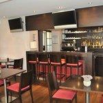 Park&Suites Prestige Divonne les Bains - Bar