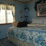 Clean pleasant bedroom
