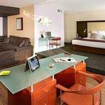 Park&Suites Elegance Grenoble Alpexpo - Privilege Suite