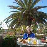 Frühstück auf der Dachterasse