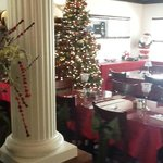 INSIDE FRONT OF HOUSE 2012 XMAS