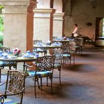 The restaurants have outdoor dining options