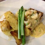 Pan fried Snapper with garlic prawns, asparagus and potatoes