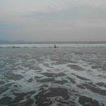 En la playa nubladisimo pero con mucho calor