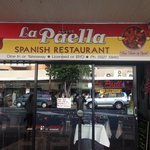 la paella front window