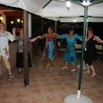 Nauka tańca z gospodarzami