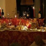 il buffet dei dolci la sera del cenone di Natale