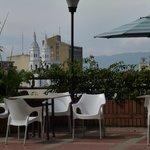 Vista piscina hotel ciudad bonita. Usted puede usar todas las facilidades de este hotel.