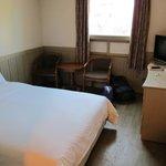 โรงแรมเซ็นทรัลซูวอน