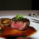 Beef tenderloin (medium Rare)
