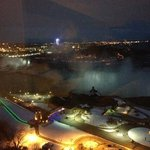 Night time at Niagara Falls.