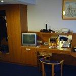 Wardrobe, drawers, mini bar, desk space