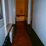 Hôtel Brueghel 2 (couloir de la chambre)