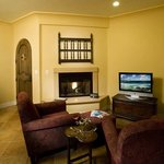 Cardinal Living room