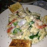 seafood Alfredo yum!
