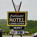 Bears Den Lounge & Motel
