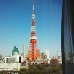 部屋からの東京タワー