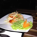 the best spicy green papaya salad!!