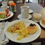 朝食ビュッフェの一例です