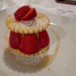Strawberries, shortbread