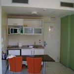 Cozinha do apto - integrada com sala - I