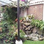 Gruta de la Virgen en el Jardin