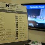 液晶テレビが2つもあります。