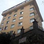 Vista hotel dalla strada