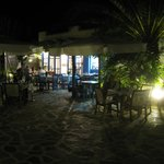 Villa Marandi dining evening