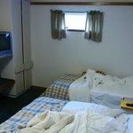 Room / bed