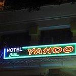 Hotel Yahoo Restaurant