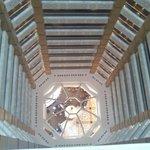 Blick von oben in die Lobby