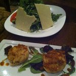 Arugula Salad and Crab Cakes appitizers