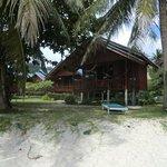 unsere Hütte vom Strand aus gesehen