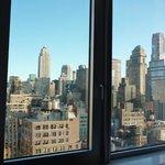 la vista dal letto dal 29° piano