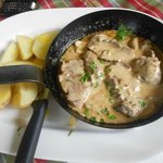 Beef fillet flambeed in whiskey & creamy mushroom sauce