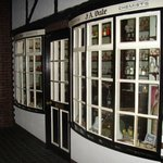 Newcastle under Lyme Museum & Art Gallery; Victorian shops - chemist