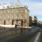 Hotel on the end - beginning of Old Quebec