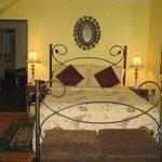 The Garden Suite Bedroom