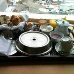 Breakfast, in BED!