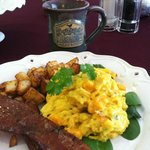 The breakfast was exceptional and loved the Speckled Hen mugs!
