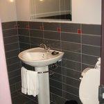 Executive Suite - Smaller Bathroom