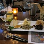 Somerston Wine Tasting & Cheese Platter