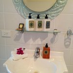 King Suite toiletry