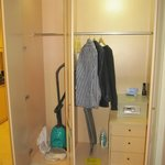 Sufficient closet space; safe included
