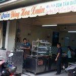 Dong Hoa Xuan Restaurant - 49 No Trang Long
