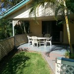 3 bedroom standard - Bouganvillia - front yard