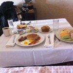 Room service at Gran Sierra