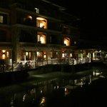 Tamarindo restaurant at night