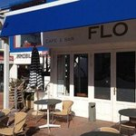 ‪Flo Cafe & Bar‬